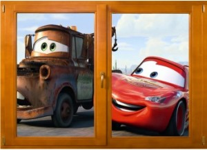 Sticker trompe l'oeil fenêtre bois Cars